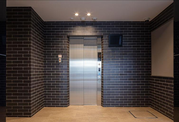 011_エレベーターホール
